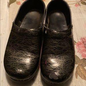 Dansko Clogs Size 38 Size 8